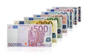 Zoradené euro bankovky